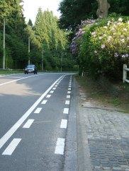 Cycle lane on road to La Hulpe
