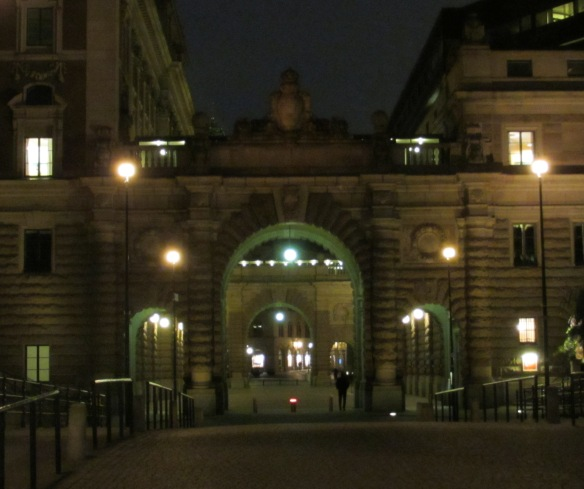 Entering the Royal Palace area