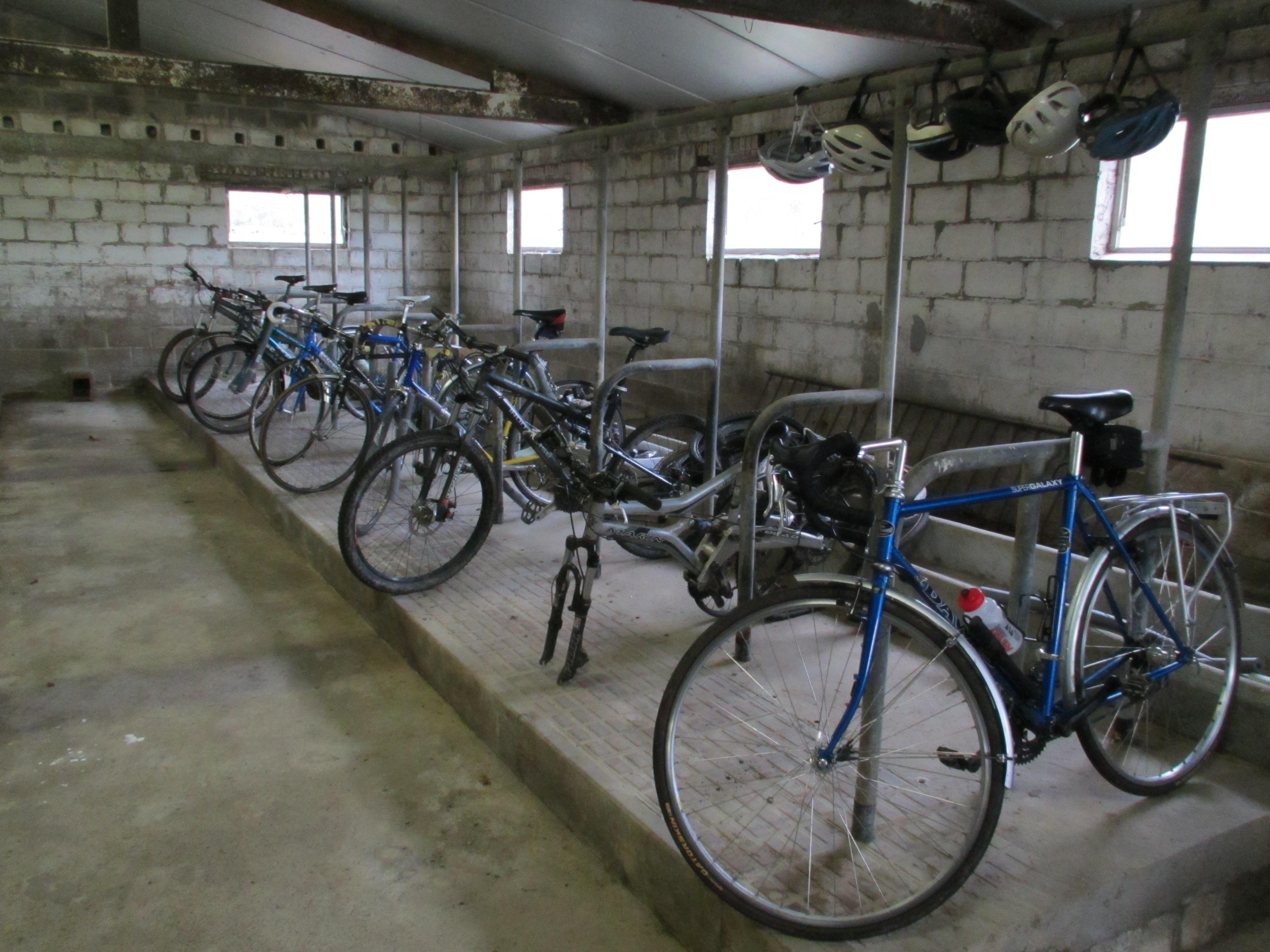 November 2013 i do not despair for Motorcycle shed