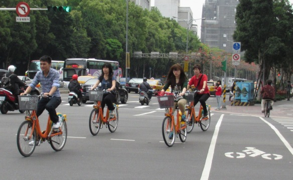 Cyclists Taipei 5