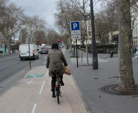 Cycle lane Paris
