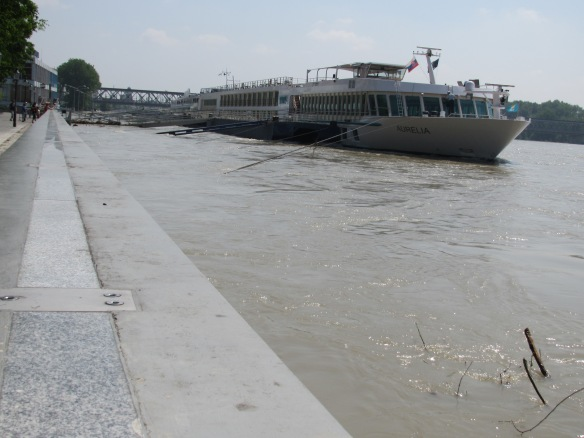 high water levels, Danube flooding, June 2013, Bratislava