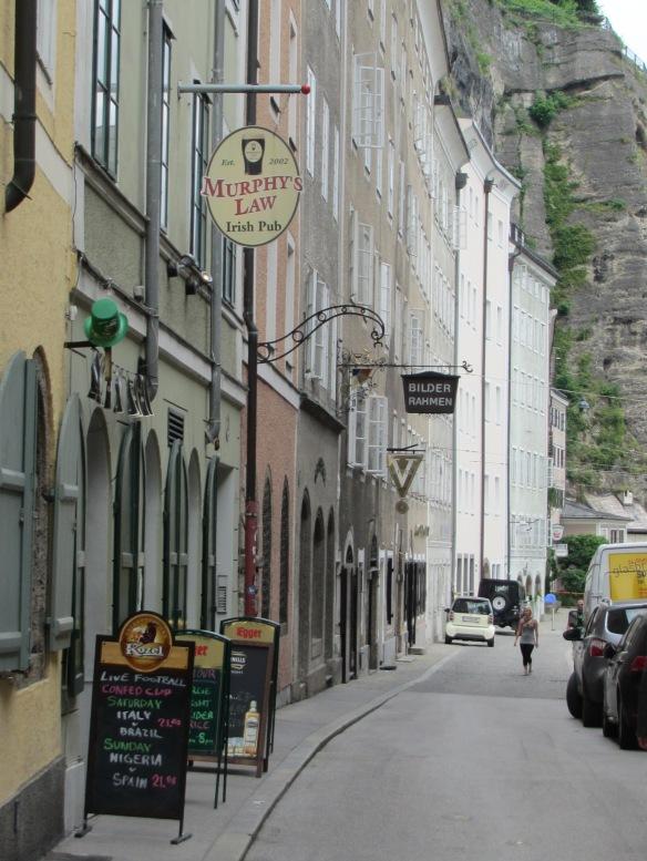 Murphy's Law, Irish pub Salzburg