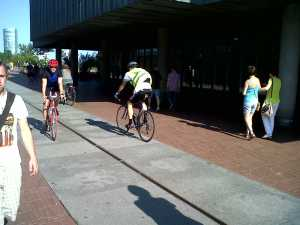 Rhine bank cycle access Koln