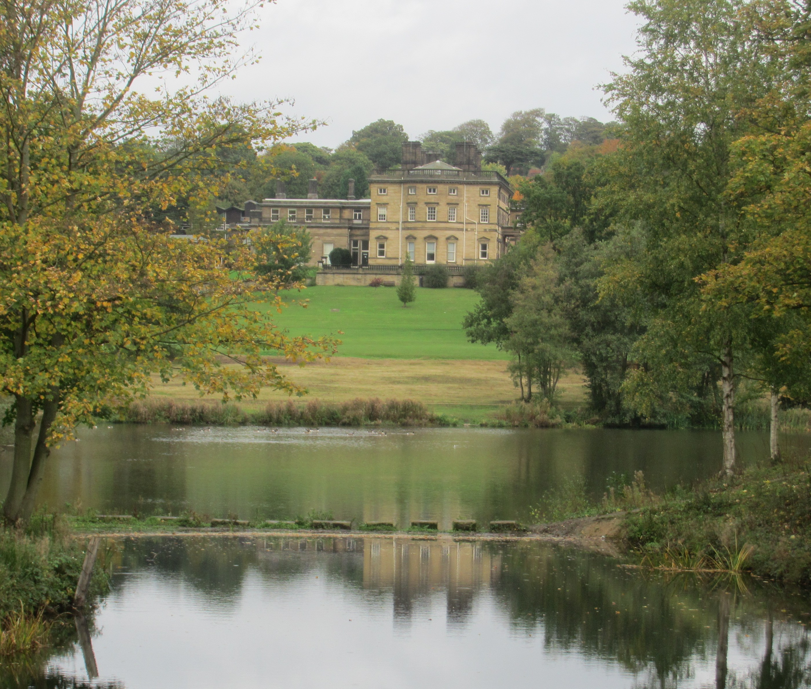 grand halls  parks and sculpture of south yorkshire in