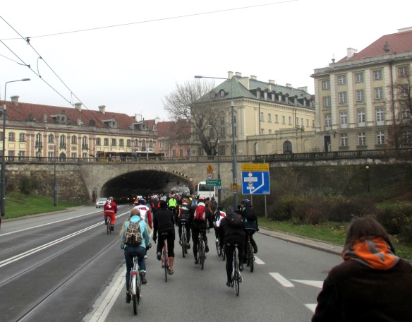 Climate Ride passing under the old City Warsaw