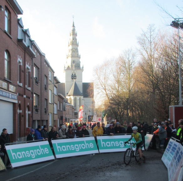 Diegem cyclocross start finish straight