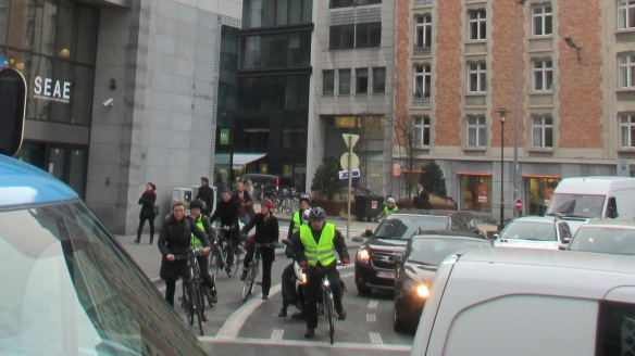 Brussels Ronde Point Schumann cyclists