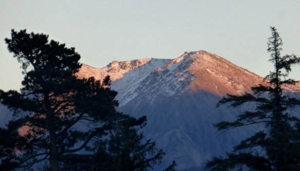 Mountain sunrise Hanmer Springs