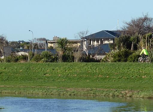 Waihopai river path Invercargill