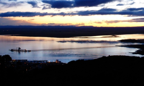 Dawn from Bluff Hill mountain bike tracks New Zealand