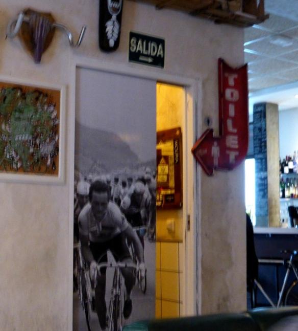 Bicicleta cafe interior Madrid