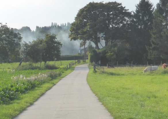 Mousty Lasne cycle path