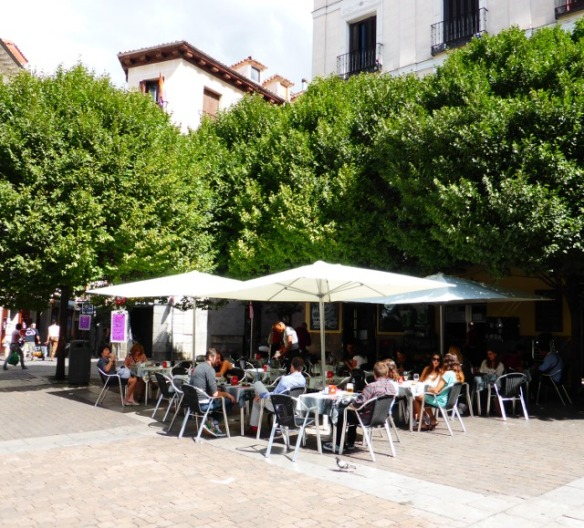 Plaza del Ildefonso Madrid