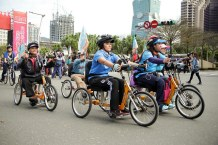 ECF photo handcycling at Taipei cycle parade