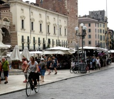 cyclists-of-verona-3