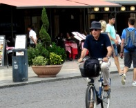 older-cyclists-of-verona-4