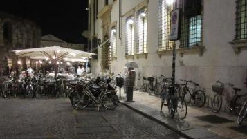 parked-bike-verona-2