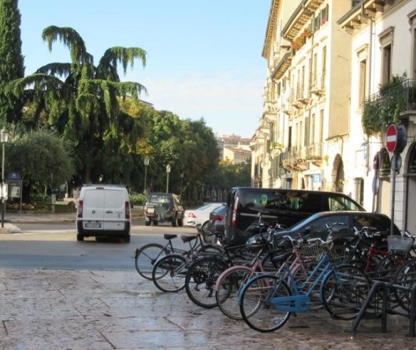 parked-bikes-verona-1