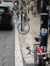 parked-bikes-verona-3